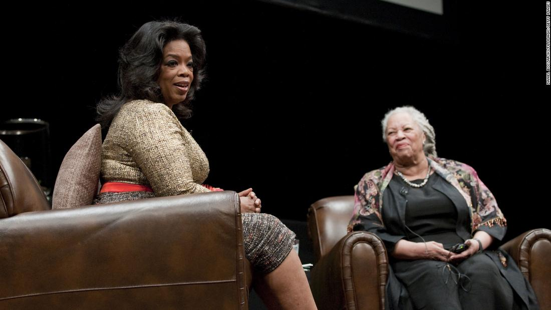 Oprah Winfrey pays tribute to 'magician of language' Toni Morrison