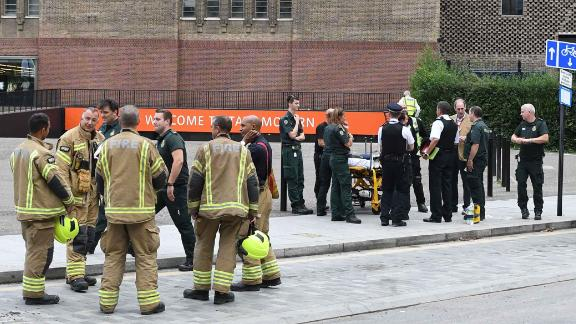 Emergency services outside the Tate Modern gallery in London on August 4, 2019.