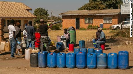 How to help the looming hunger crisis in Zimbabwe