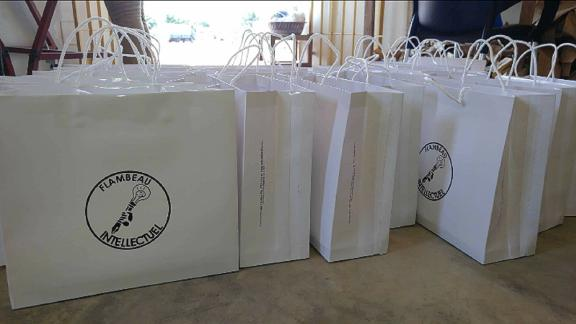 The eco bags are made from 70 percent banana leaves and printed to request.
