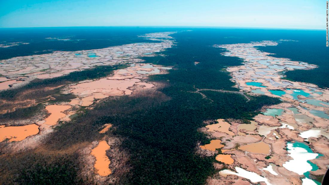 Change food production and stop abusing land, major climate report warns