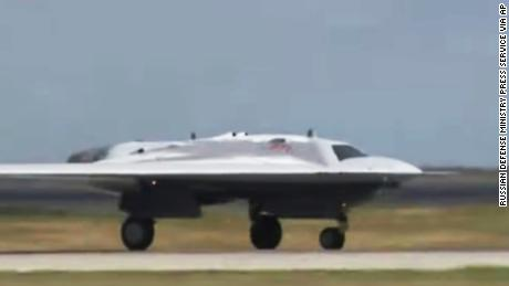 Russia has released footage of its new 'Hunter' stealth