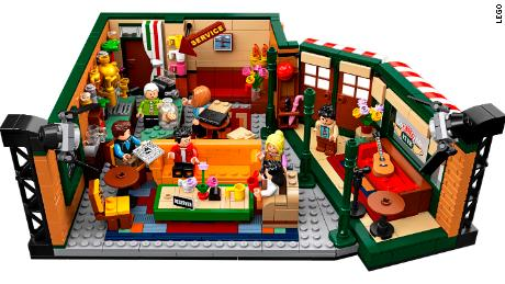 Lego Friends Christmas Sets.Lego Celebrates Friends 25th Anniversary With Central Perk