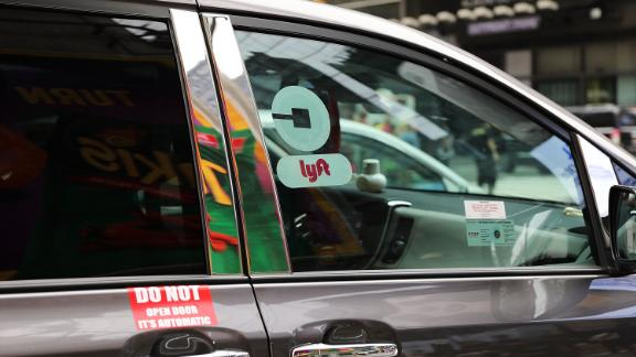 NEW YORK, NY - JULY 30:  A Lyft ride hailing vehicle moves through traffic in Manhattan on July 30, 2018 in New York City. After a significant increase in local traffic and a spate of suicides by taxi drivers, New York City is planning to vote on capping ride-sharing services such as Uber and Lyft. The  City Council's move to vote on the measures could come as soon as Aug. 8. If the vote was to succeed, New York City would become the first major U.S. municipality to cap ride-sharing services.  (Photo by Spencer Platt/Getty Images)