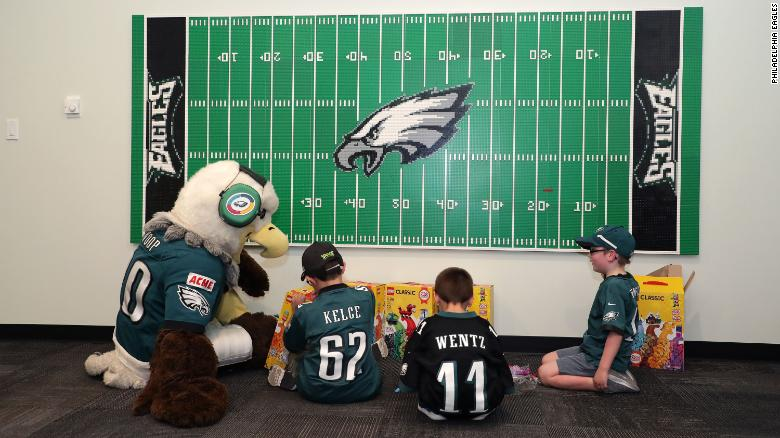 Philadelphia Eagles mascot, Swoop, visited with fans with sensory needs.