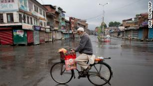 Kashmir remains paralyzed by lockdown as resentment simmers