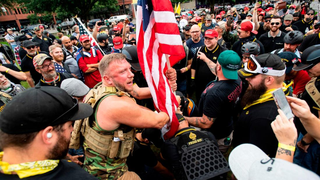 Trump's hypocrisy on extremist groups
