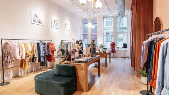 Petite Studio Review The Clothing Brand Designed For Petite Women Cnn Underscored