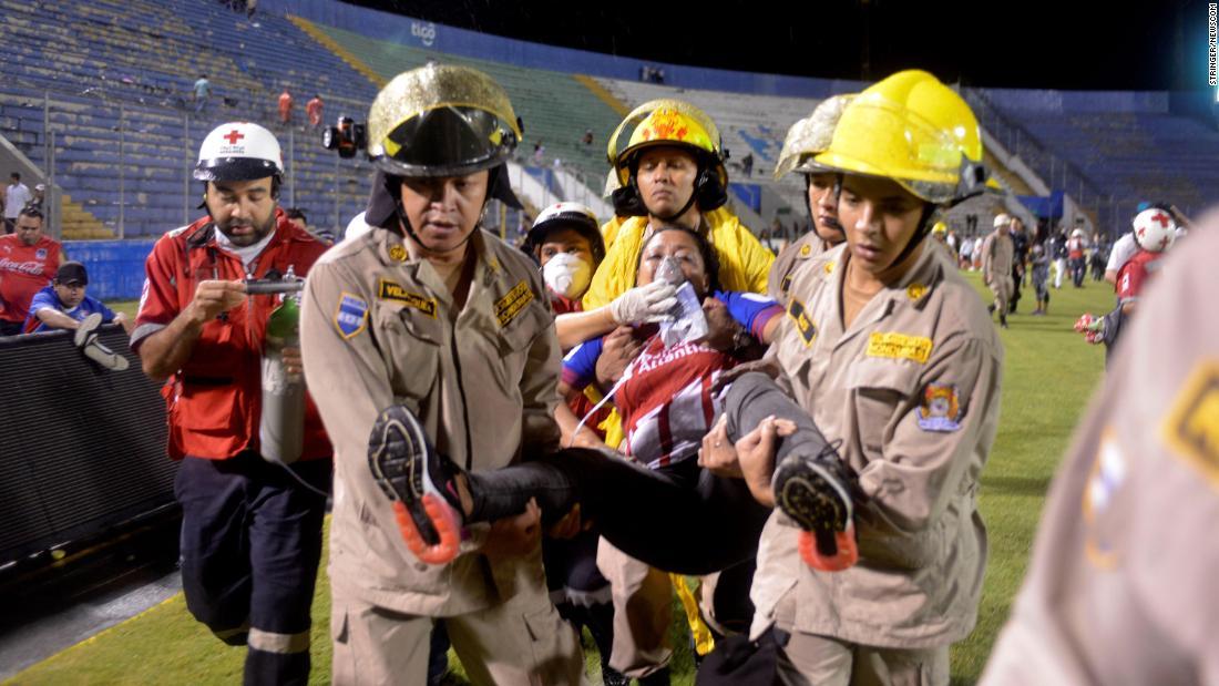 ผลการค้นหารูปภาพสำหรับ Three dead following clashes between soccer fans in Honduras