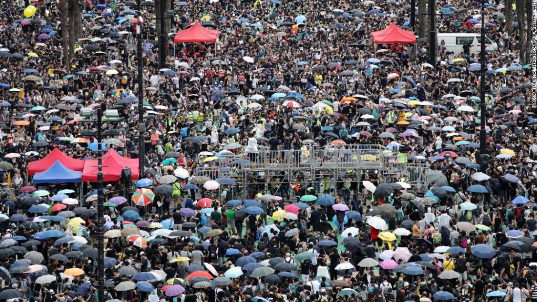 Hong Kong protests enter 11th consecutive weekend: Follow live - CNN
