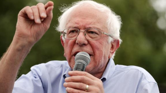 Democratic presidential candidate Sen. Bernie Sanders (I-VT) delivers a 20-minute campaign speech at the Des Moines Register Political Soapbox at the Iowa State Fair August 11, 2019 in Des Moines, Iowa. (Chip Somodevilla/Getty Images)