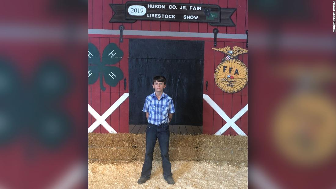 A 12-year-old boy raised $15,000 at a county fair's pig auction. Then he gave it to St. Jude.