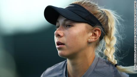 INDIAN WELLS, CALIFORNIA - MARCH 08: Amanda Anisimova of the United States looks on during her women's singles second round match against Elise Mertens of Belgium on day five of the BNP Paribas Open at the Indian Wells Tennis Garden on March 08, 2019 in Indian Wells, California. (Photo by Clive Brunskill/Getty Images)