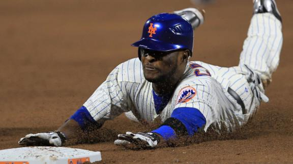 Luis Castillo, here playing for the Mets in 2010, denies involvement in drug trafficking, his lawyer says.