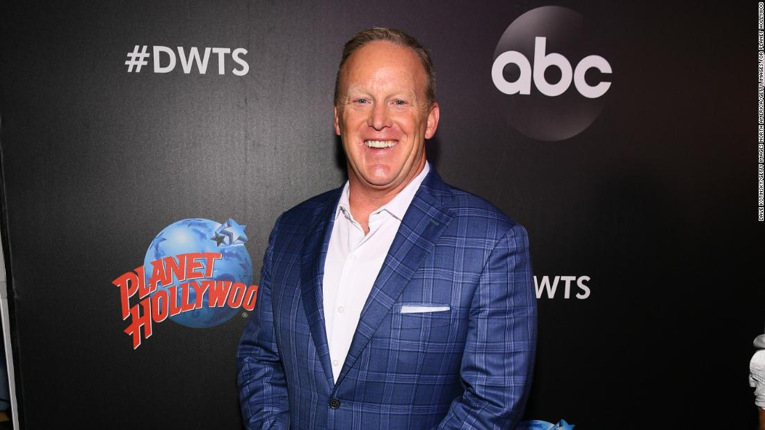 Sean Spicer joins the cast of 'Dancing with the Stars'