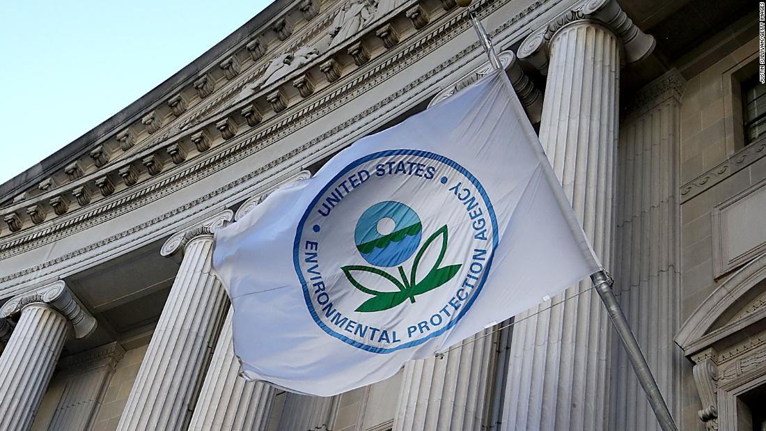 NYT:EPAを完了させるためのルールを除去する保護のために河川や湿地