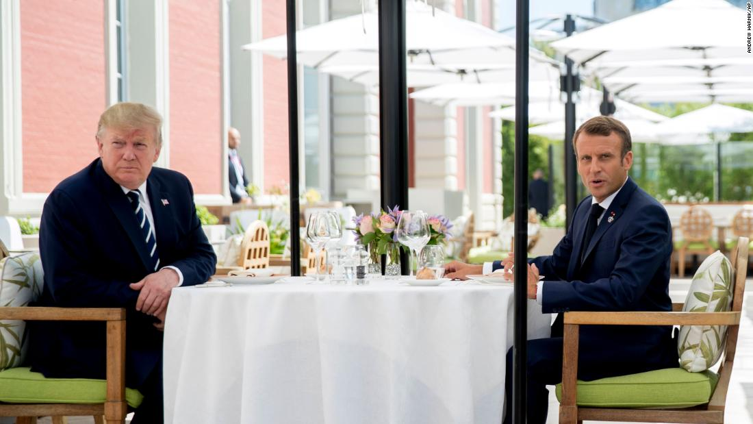 Trump dines with Macron amid tensions
