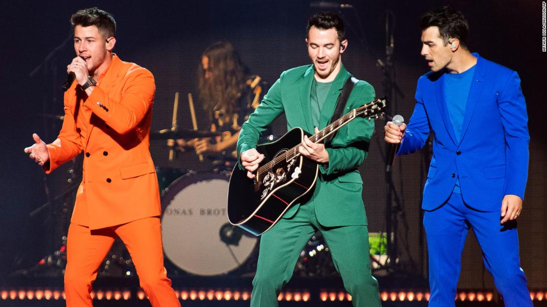 Jonas Brothers concert cuts short