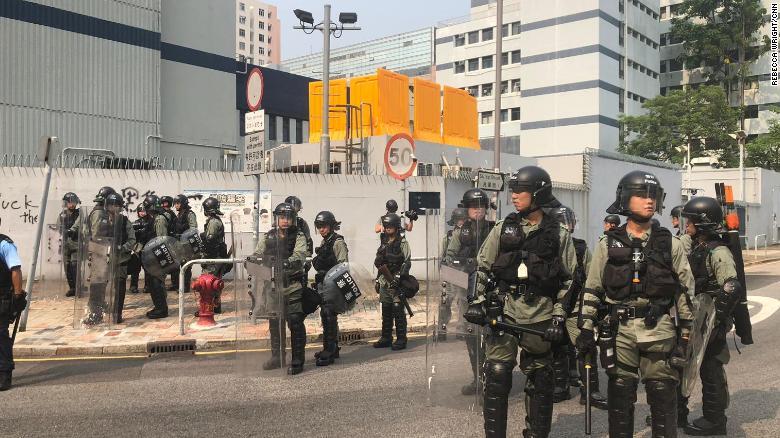Chính's News: The Battle of Hong Kong