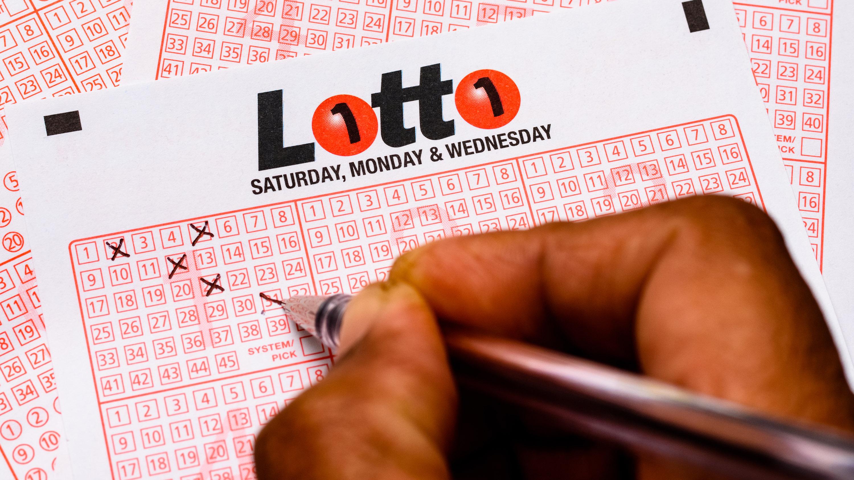 An Australian man says he's starting an 'endless lunch break' after winning  $96 million lottery prize   CNN