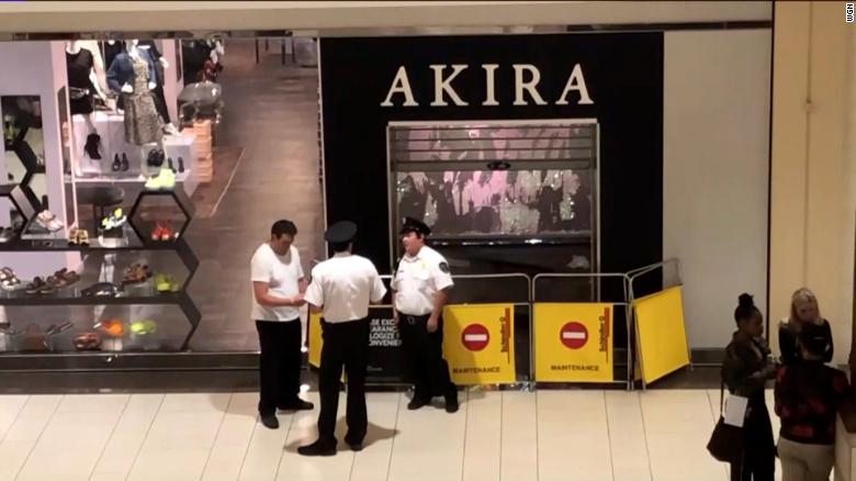 Steel walls in mall store fall, killing 2-year-old