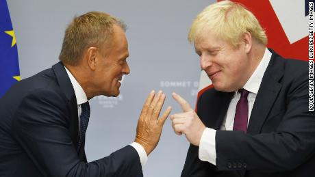 BIARRITZ, FRANCE - AUGUST 25: Britain's Prime Minister Boris Johnson (R) meets European Union Council President Donald Tusk (L) at a bilateral meeting during the G7 summit on August 25, 2019 in Biarritz, France. The French southwestern seaside resort of Biarritz is hosting the 45th G7 summit from August 24 to 26. High on the agenda will be the climate emergency, the US-China trade war, Britain's departure from the EU, and emergency talks on the Amazon wildfire crisis. (Photo by Neil Hall - Pool/Getty Images)