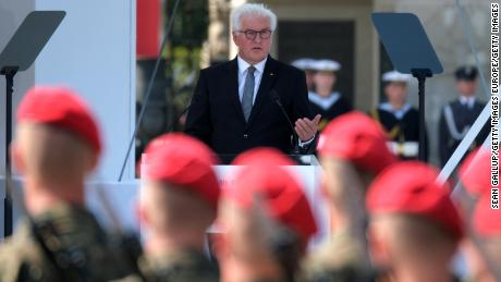 "Frank-Walter Steinmeier: ""I pay tribute to the Polish victims of German tyranny and I ask for forgiveness."""