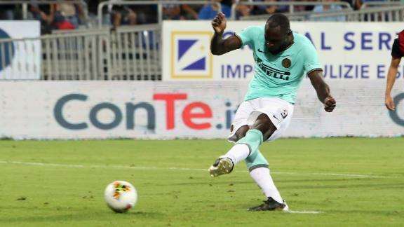 Lukaku scores against Cagliari.