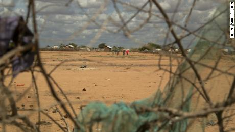 When Kenya announced that it would close Dadaab and other camps and began repatriating Somalis, the refugee status suddenly became responsible for Kenyans falsely registered as refugees and true refugees. Emma was revealed.