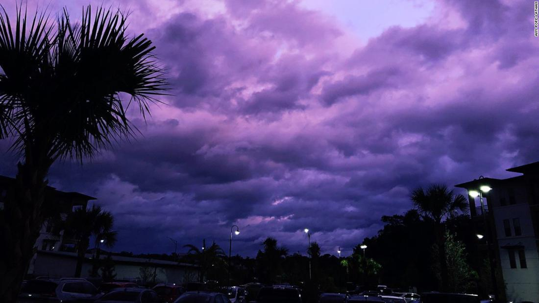 [Image: 190905104946-dorian-purple-sunset-super-169.jpg]