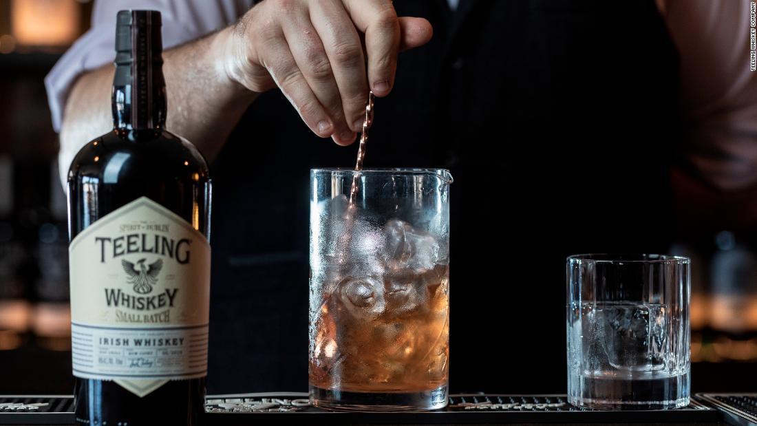 Irish whiskey kebangkitan adalah pencampuran tradisi dengan modernitas