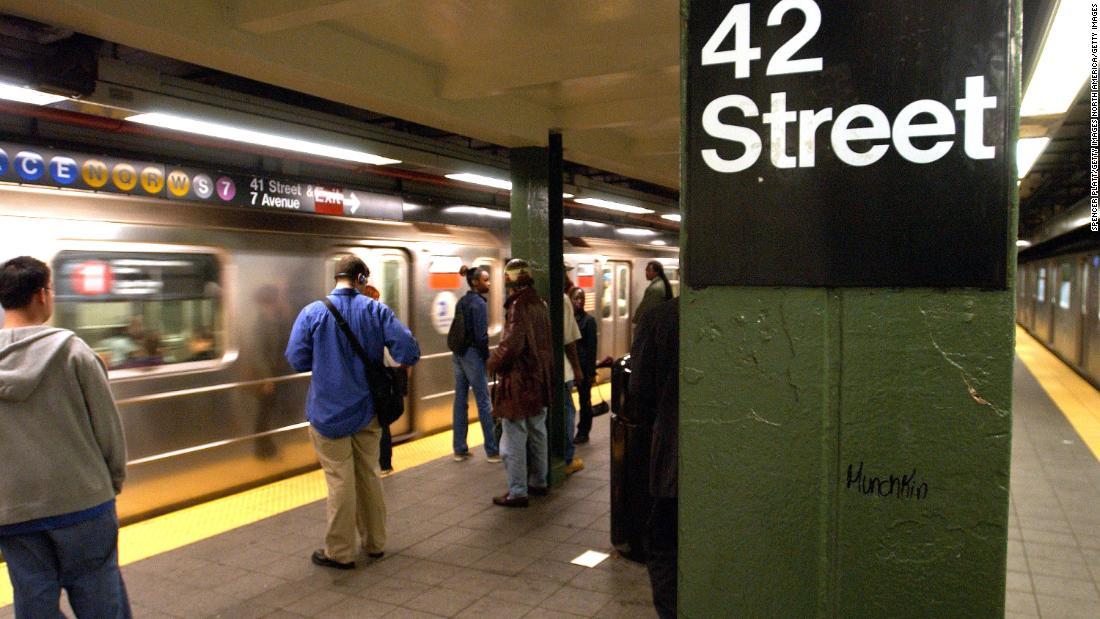 Der New Yorker Generalstaatsanwalt untersuchen, ob die NYPD illegal gezielt people of color für die U-Bahn-tarif Steuerhinterziehung