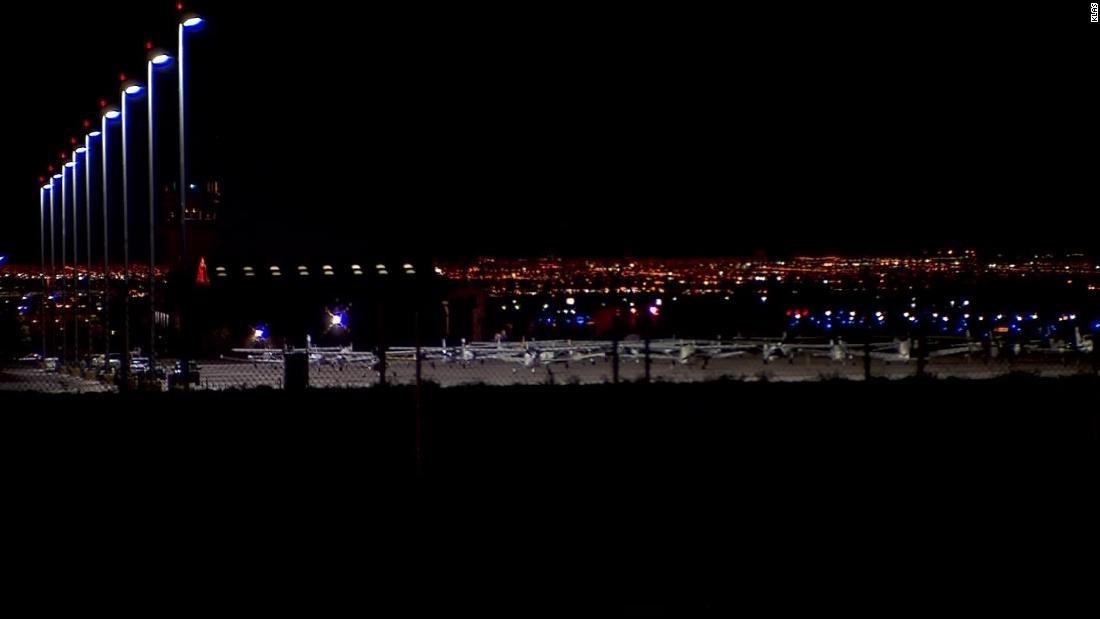 Ein kleines Flugzeug Absturz tötete zwei und Links drei anderen ins Krankenhaus in Nevada