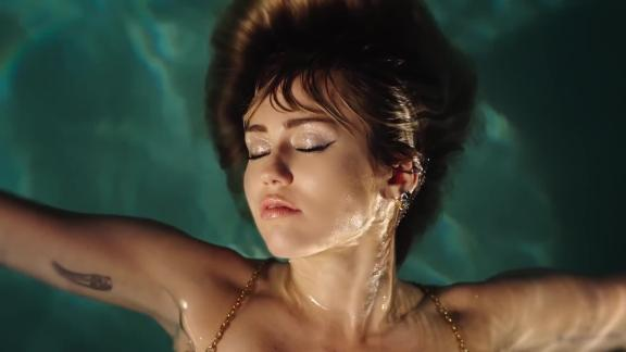 Miley Cyrus new video
