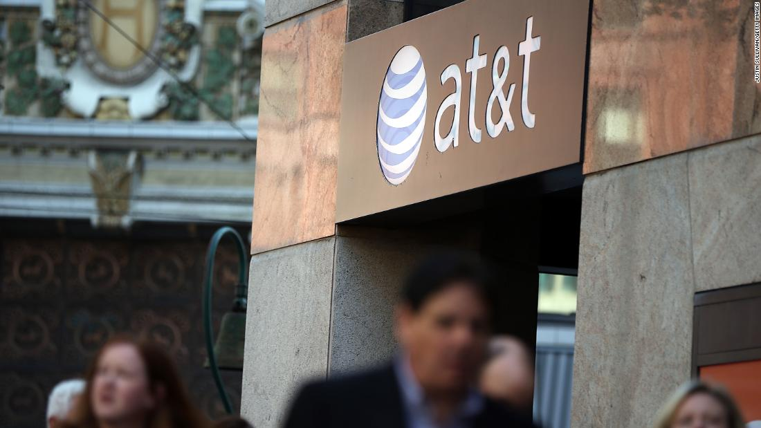 AT&T's latest shareholder is a big GOP donor. Just not to Trump.