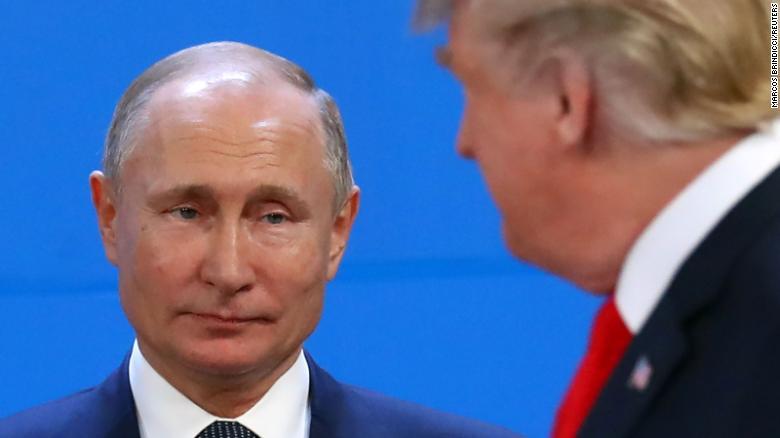 CNN: Để xây được bức tường dày bảo vệ nước Nga trước bão tố, TT Putin phải chấp nhận trả cái giá không hề rẻ - Ảnh 1.