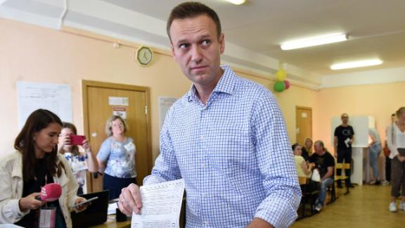 Alexei Navalny Says Raids Have Targeted Russian Opposition Activists After Moscow Poll