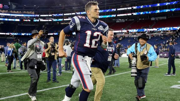 FOXBOROUGH, MASSACHUSETTS - SEPTEMBER 08: Tom Brady #12 of the New England Patriots jogs off the field after defeating the Pittsburgh Steelers 33-3 at Gillette Stadium on September 08, 2019 in Foxborough, Massachusetts. (Photo by Maddie Meyer/Getty Images)