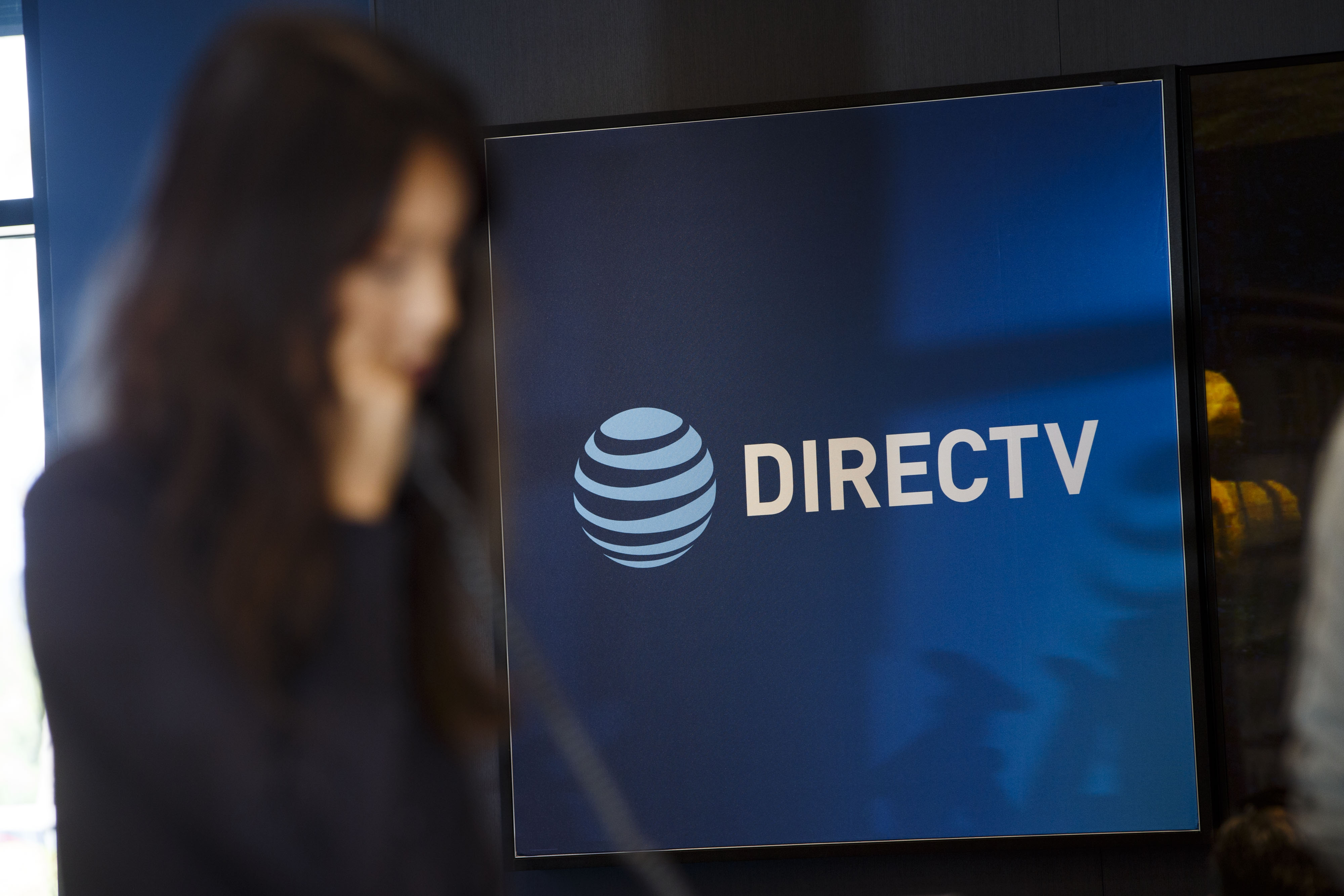 Now directv chat live Live chat/