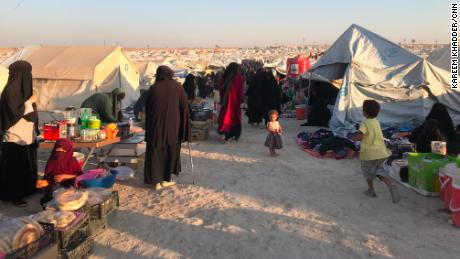 While some women continue to execute ISIS & # 39; draconian policies, camp officials struggle to keep track of their accomplishments. The women were almost impossible to identify because of the niqab, and moved from tent to tent to avoid getting caught.