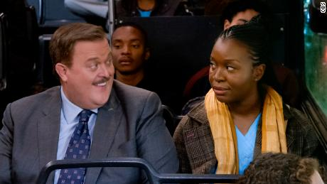 Billy Gardell, Folake Olowofoyeku in 'Bob Hearts Abishola'