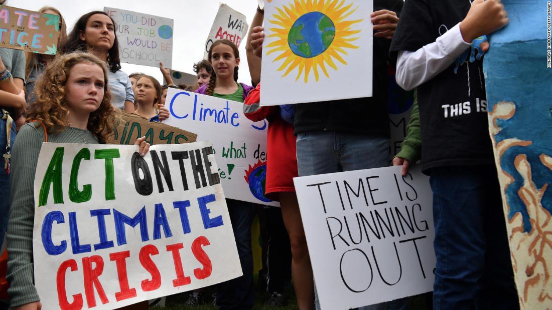 Hunderttausende versammeln sich zum globalen Klima-Streiks