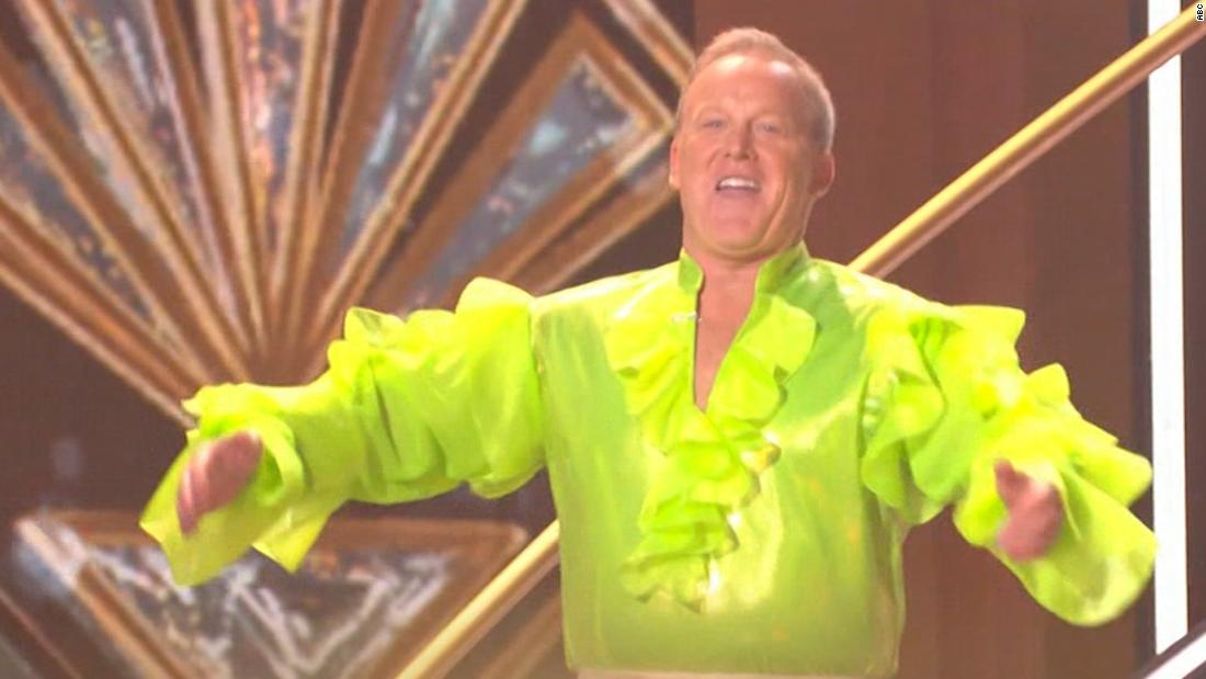 See Sean Spicer's 'DWTS' debut