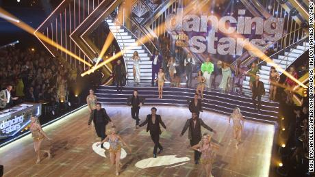 'Dancing with the Stars' returns with splash, sparkle and Spicer
