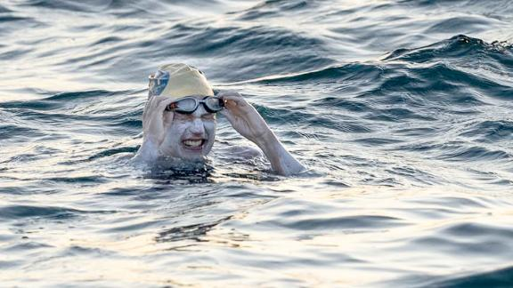 Image for Cancer survivor becomes first person to swim English Channel four times non-stop