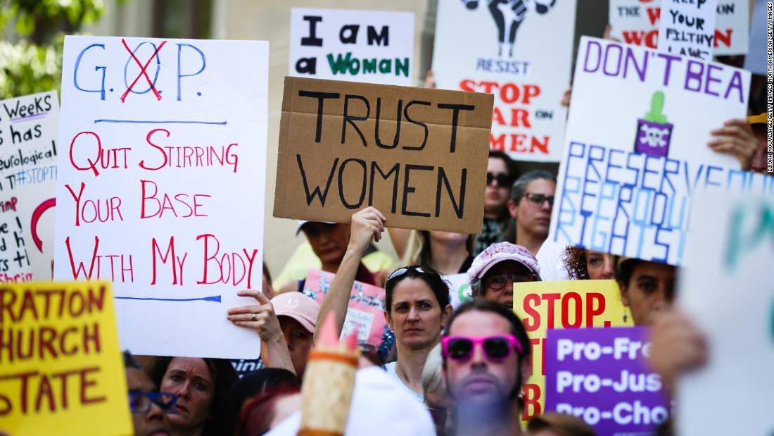 ミシシッピ州の15週間の妊娠中絶禁止された真相をたった