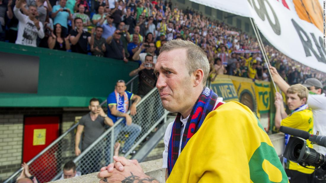 Fernando Ricksen: Ex-Rangers player dies aged 43 after battle with motor neurone disease