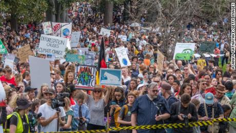 The planet goes on strike (Hundreds of thousands of young people join climate demonstrations, which may be the biggest in history)