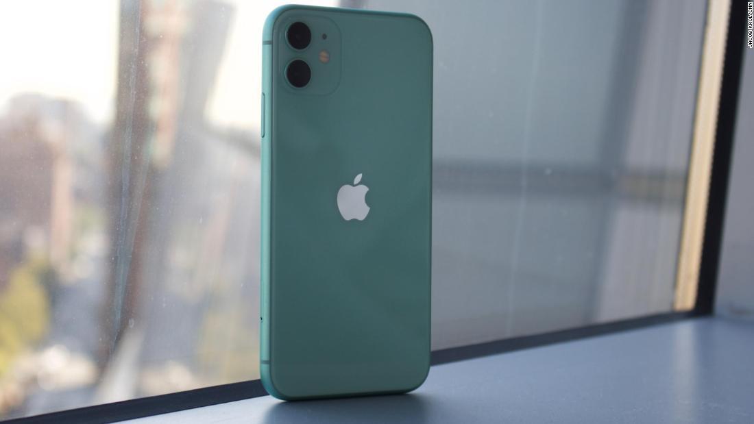Apple iPhone 11 Review , CNN