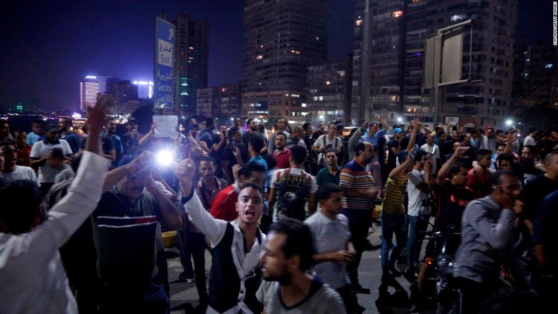 Egyptians demand 'Sisi get out' in rare anti-government protests